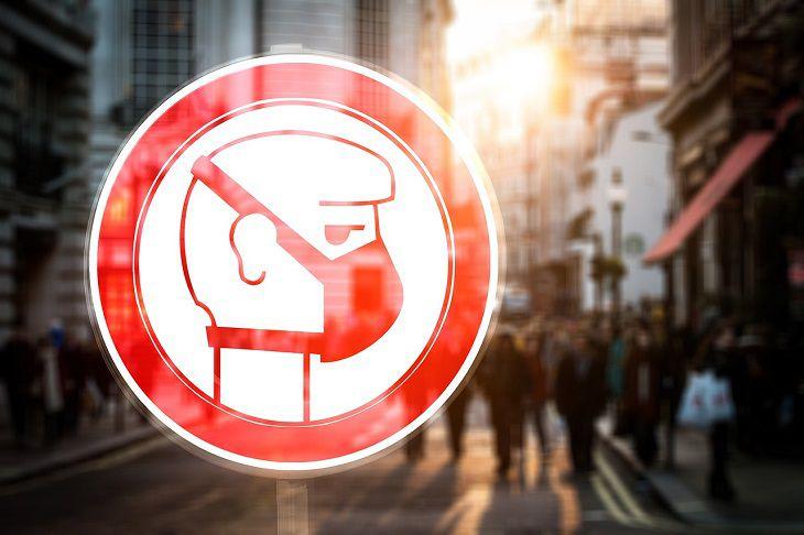 В Италии паника, в городах закрывают общественные места