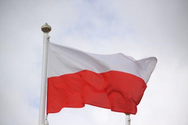 Польша продлила закрытие границ для иностранцев.