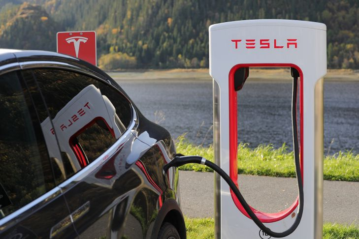 Tesla побила собственный рекорд продаж, невзирая напандемию COVID-19