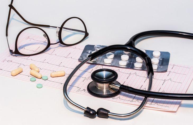 Кардиолог перечислил 10 симптомов, которые говорят о проблемах с сердцем