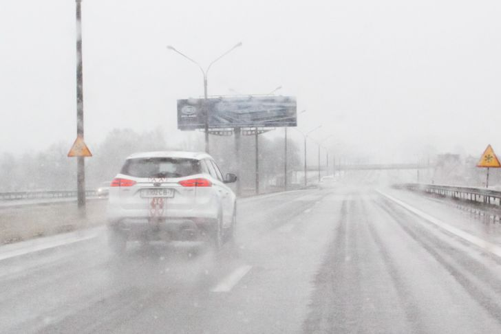 В Беларуси объявлен желтый уровень опасности. Вот что 28 ноября «подкинет» коварная погода