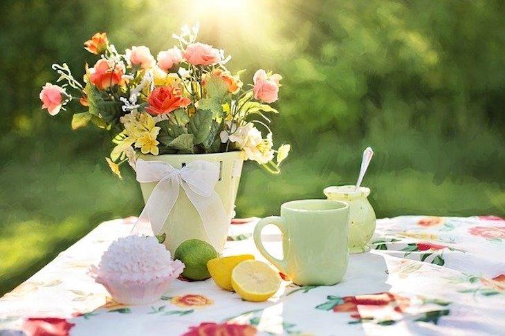 в какие дни поливать цветы
