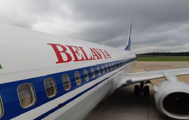 «Белавиа»: компанию как достойного конкурента пытаются устранить с рынка