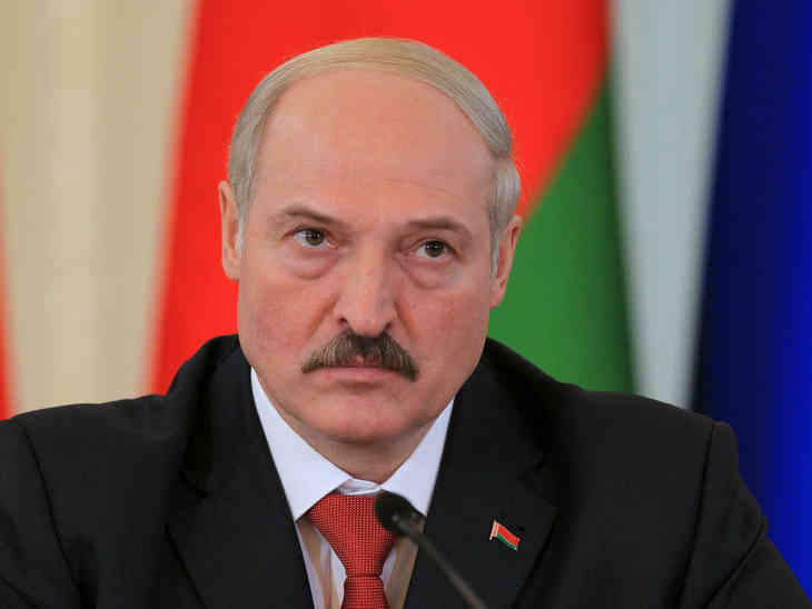 Лукашенко поручил улучшить систему безналичного субсидирования