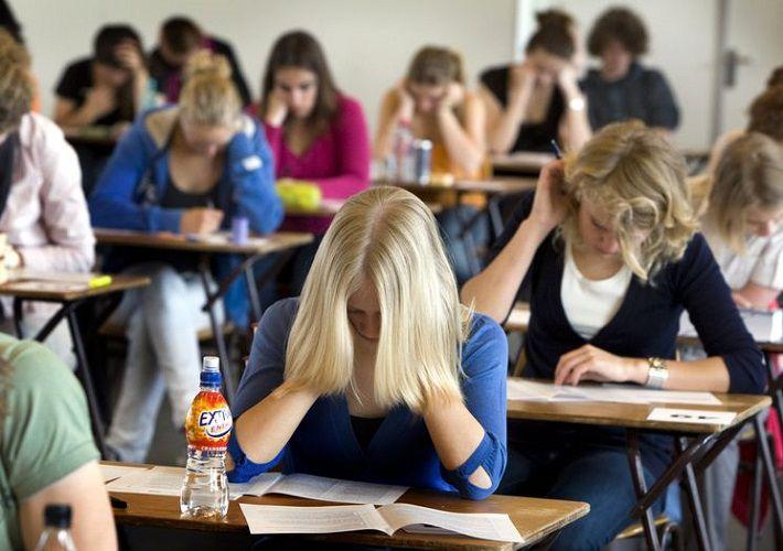 Тексты и задания для выпускных школьных экзаменов опубликуют на портале Минобразования