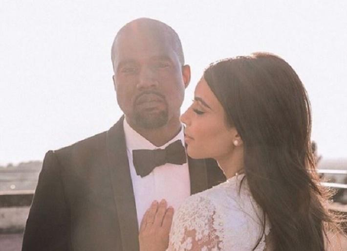 Канье Уэст показал видео с Ким Кардашьян в образе певицы Селены