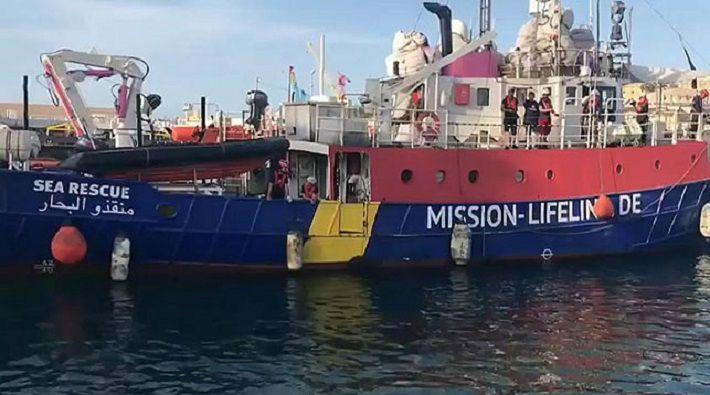 Италия задержала спасательное судно с мигрантами