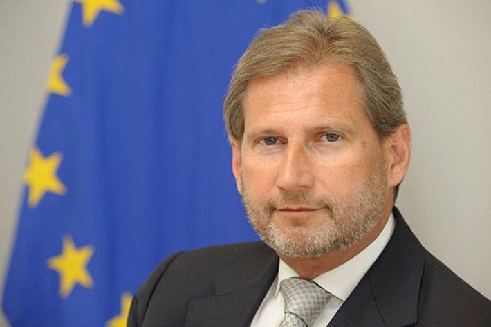 Еврокомиссар Хан: можно было бы ускорить упрощение визового режима с Беларусью