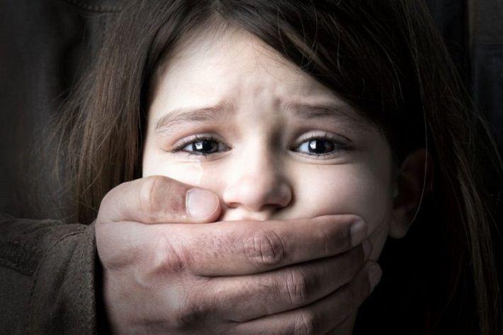 В Речицком районе осудили насиловавшего дочь и внучек педофила
