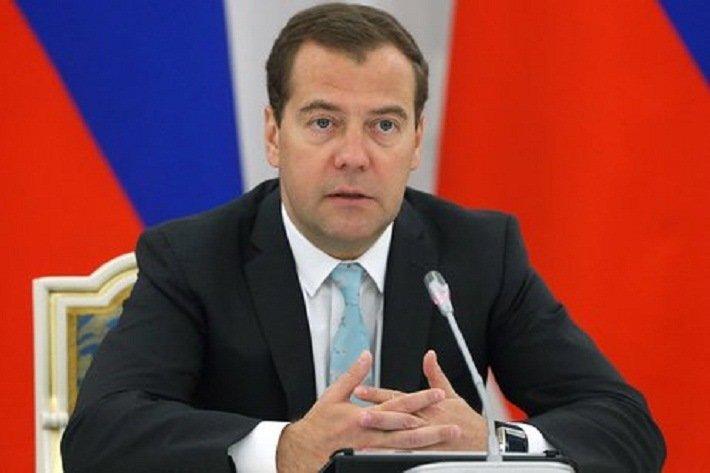 Медведев поздравил Румаса с назначением на пост премьер-министра Беларуси