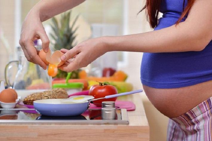 The health of future children depends on what their fathers eat.