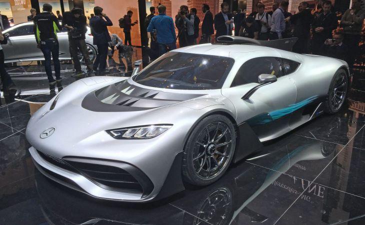 Mercedes вывел натесты гиперкар встиле болидов Формулы-1