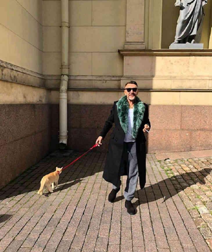 Шнуров объявил, что не желает чаще общаться ссобственными детьми