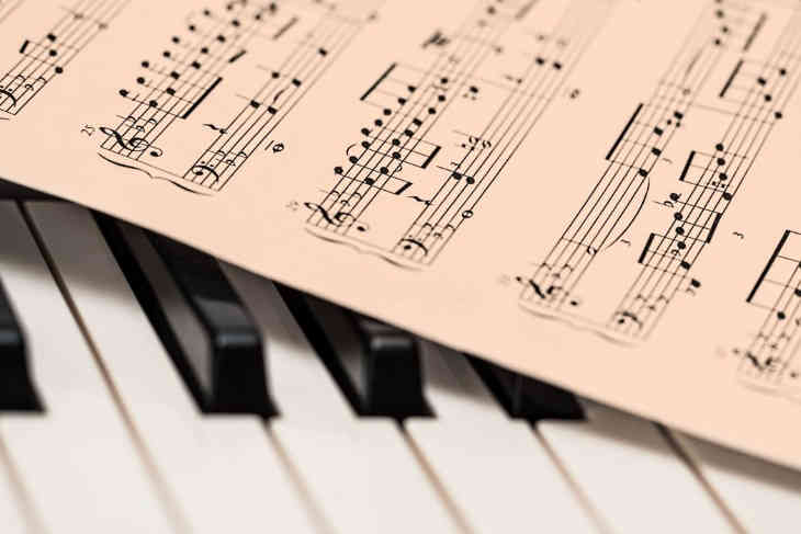 Scientists: music will help children with autism improve their communication skills with others