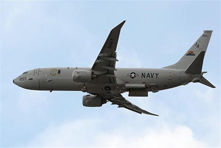 Американский самолет-разведчик увидели уКерченского пролива