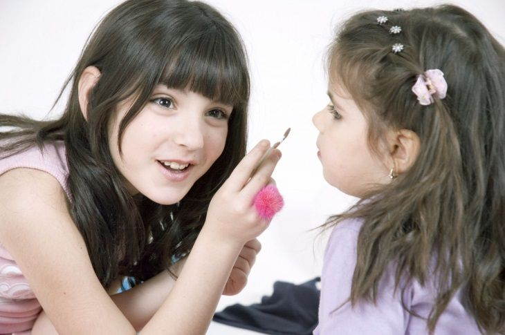 Scientists told how cosmetics can harm children