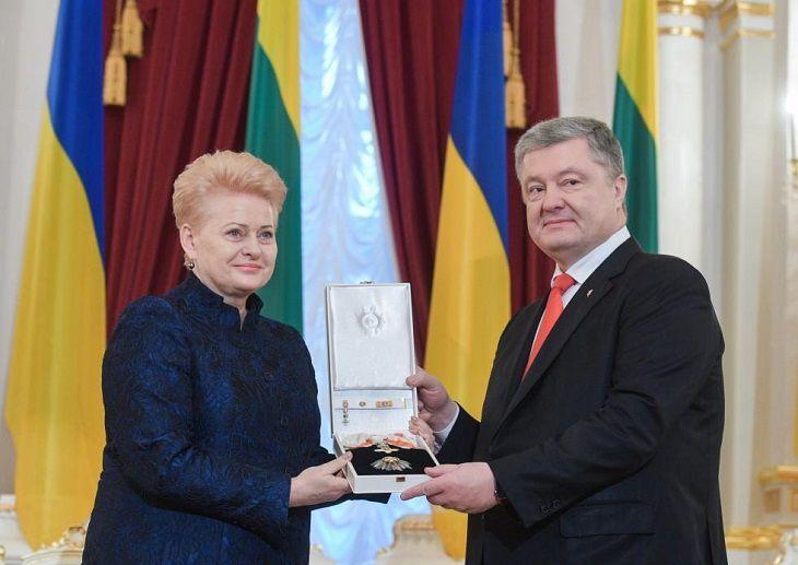 Литва ввела санкции против таможенников , задержавших корабли Украинского государства