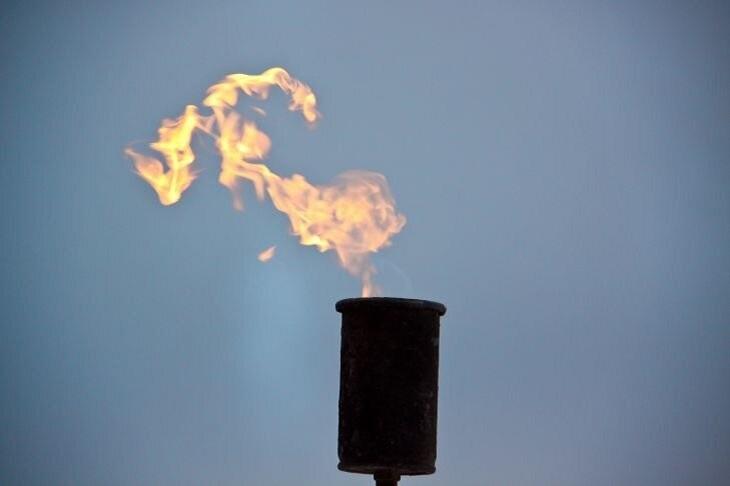 Цена нефти Brent поднялась выше 54 долларов забаррель