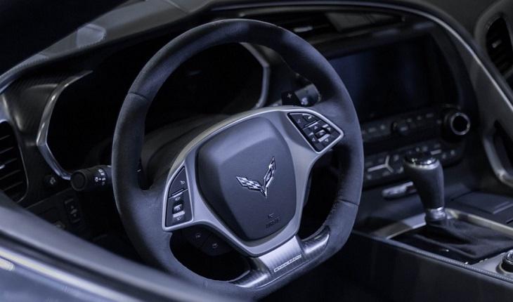 Представлены новые версии Шевроле Corvette C7