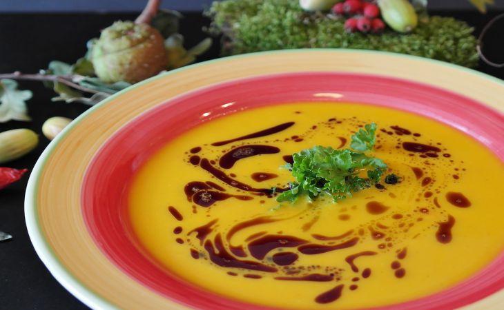 Готовим вкусные супы в микроволновке: 3 классных рецепта
