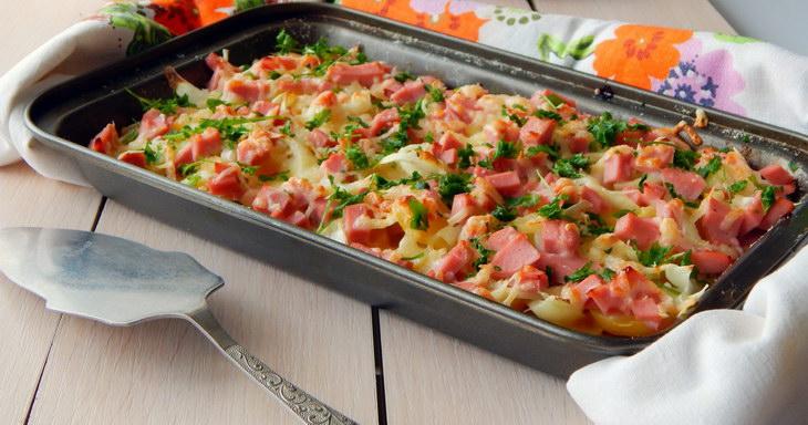 Potato pot with sausages