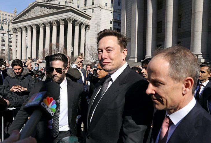 Илон Маск за пару минут лишился 1 млрд долларов
