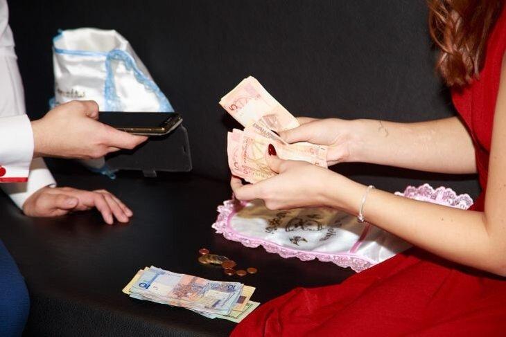 В Витебске женщина украла деньги у бывшего мужа
