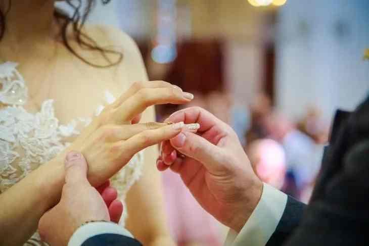 Пузатая на ли перед первой брачной ночью сбривать интимные места