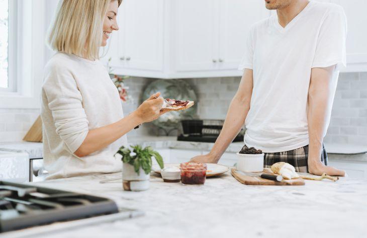 10 причин, почему человек хочет больше есть