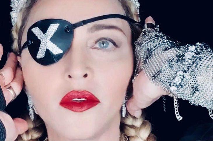 Покойся с миром карьера Мадонны. Выступление Мадонны на Евровидении-2019 потрясло публику