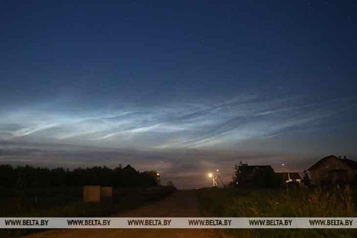 Серебристые облака можно было наблюдать минувшей ночью в небе над Гродно.