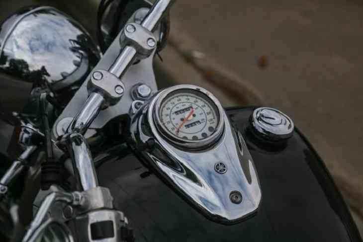 В Ветковском районе 18-летний мотоциклист-бесправник пострадал в ДТП и попытался его скрыть