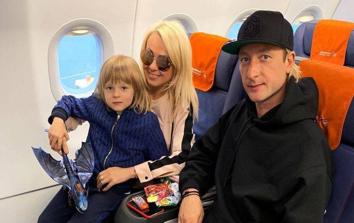 Сына Рудковской и Плющенко увезли на скорой с тренировки
