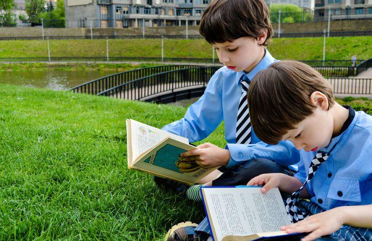 Специалисты перечислили болезни, которым чаще всего подвергаются школьники