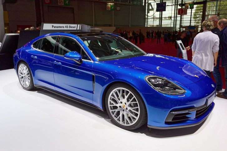 Porsche Panamera обзавелась специальной версией 10 Years Edition