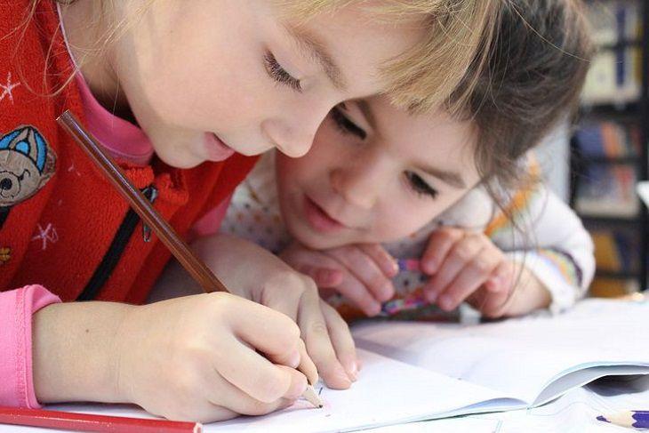 Четыре принципа для матери, как вырастить детей со здоровой психикой