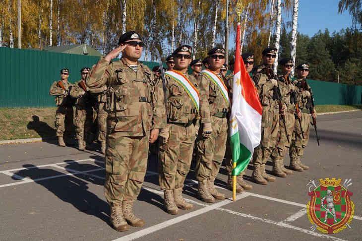 Разведчики ОДКБ высадились в Беларуси: начались учения «Поиск-2019»