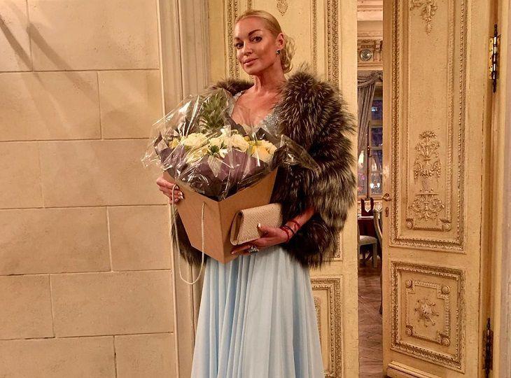 Волочкова сделала заявление после поцелуя с Запашным