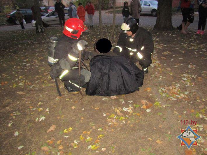 На пожаре в Витебске работники МЧС спасли двух человек?