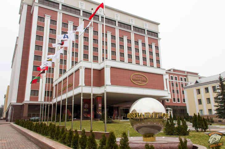 В Минске началось заседание контактной группы по Донбассу?