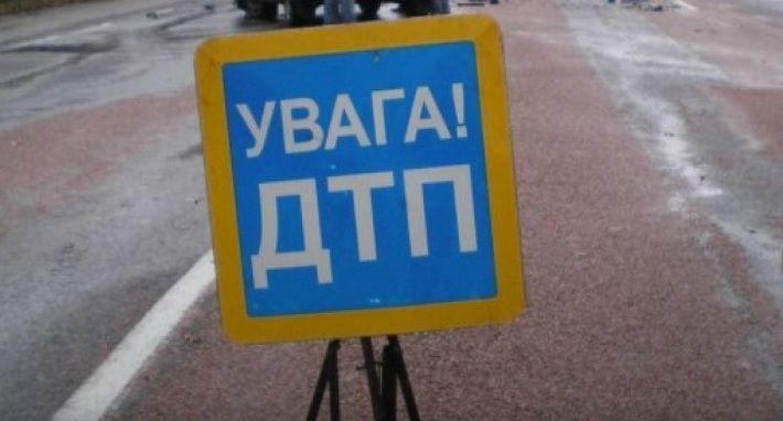 Автобус с детьми попал в аварию в Харьковской области