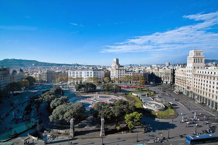 В Барселоне прошла массовая акция против независимости Каталонии