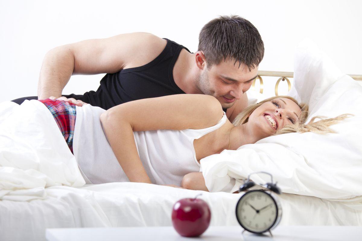 молодожёнов утренний секс