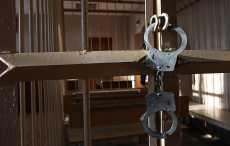 Учительница минской гимназии, на которую ученик напал с ножом, попросила суд о снисхождении к подростку