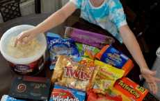 6-летний мальчик накупил сладостей для спасателей пострадавших от теракта