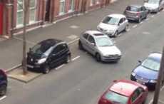 Получасовая парковка в исполнении женщины покорила ирландцев (ВИДЕО)