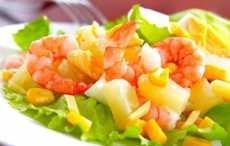 Тропический салат с креветками