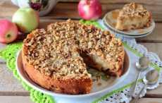Песочный пирог с яблоками и грецкими орехами