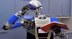 Учёные научат роботов реагировать на прикосновения человека
