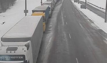 Более тысячи грузовиков ожидают выезда из Беларуси